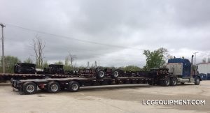 53' step deck trombone & jeep for your next heavy haul