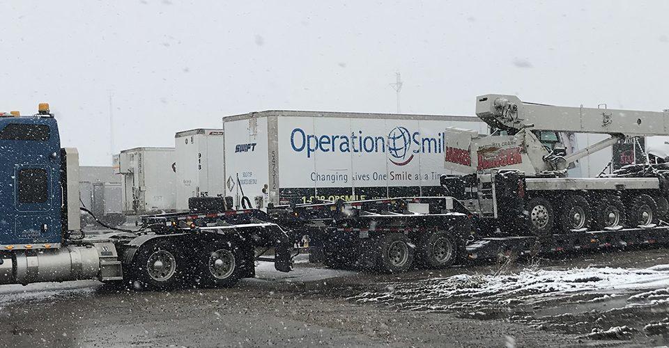 truck crane hauling